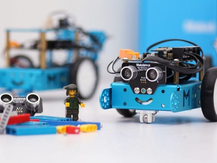 ROC-KIDS: Robotics