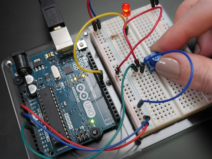 Electronics and Electricity for Beginners - ROCELE001